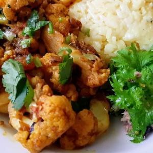 【レシピ】旬のカリフラワーで作るネパールの家庭の味 酒の肴にもなります!
