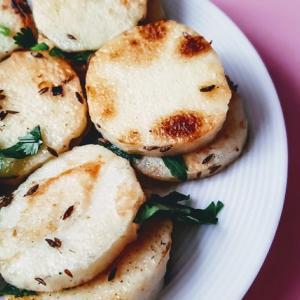 【レシピ】クミンで炒めるだけ!フライパン一つでできちゃう栄養満点ホクホク長芋炒め(10分)