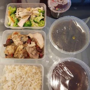 シンガポールにいるなら是非利用したい! ~産後食デリバリー4社実食~