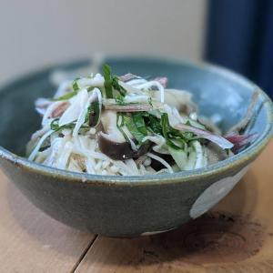 岡江久美子さんのレシピ「キノコの煮浸し」。かんたんで美味しい!わたしの定番です