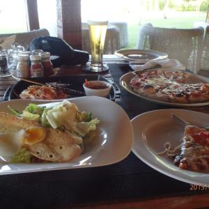タヒチ旅行 No17アパリマで昼食兼夕食