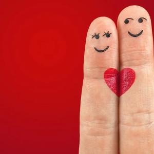 【中イキ】手マン(指マン)の指使いとその極意【指は何本で?】