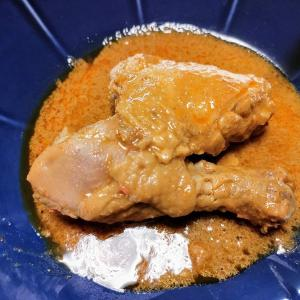 『ルンダン』という世界一おいしいと言う料理を食べる
