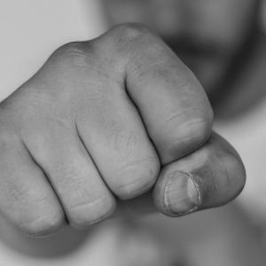 喧嘩独学を無料で読めるアプリ【ストーリー解説あり】