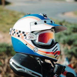 Z900RSや新型KATANA(カタナ)など、ネオクラシック系にオススメのヘルメット【Arai RAPIDE -NEO】が最高