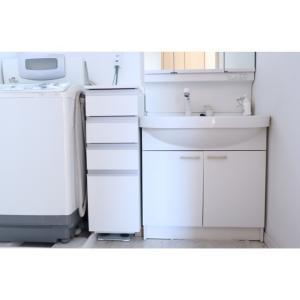 夫婦2人暮らし・幸せと生きがい。洗面所の隙間収納。