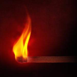 温度によって火の色が変わる??