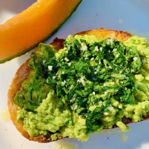 『簡単朝食!』アボガドトースト