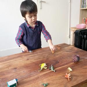 7人子どもが一緒に夢中になったゲーム