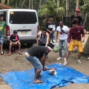フィリピンでスイカ割りの思い出