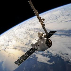 「宇宙革命」宇宙ビジネスは最後のフロンティア?|宇宙関連銘柄