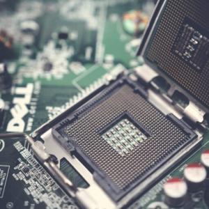 AI革命を加速させるコア・デバイス|量子コンピュータ関連銘柄