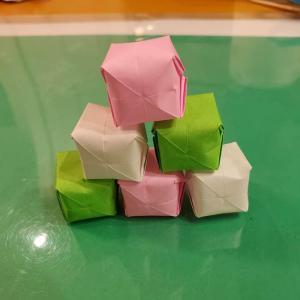 お月見団子の折り紙(立体)の折り方作り方★十五夜に手作りしたい工作を紹介!