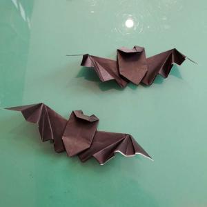 折り紙 コウモリのリアルな折り方|立体的でハロウィンにも!作り方を画像で解説