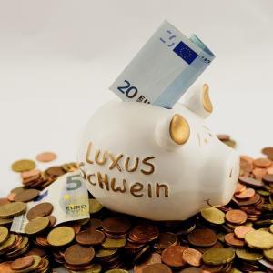 貯金も投資?メリット・デメリットと、賢い貯金の方法を5つご紹介します!