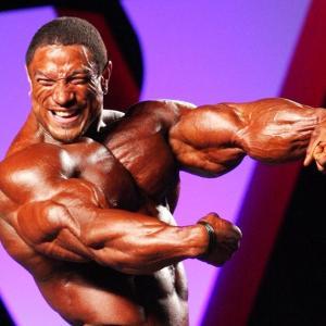 剛腕を手に入れろ!POF法を使った上腕三頭筋トレーニングメニューを紹介!【具体例あり!】