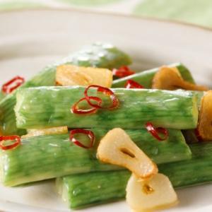 一正「サラダスティック枝豆風味」気になるカロリーと食べ方