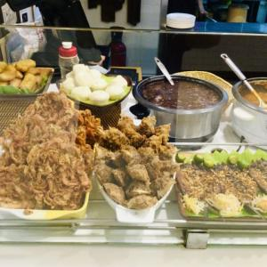 フィリピン料理ってどんな料理?って私も未だによく分からないので写真を撮って来ました💦
