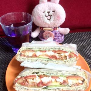 フィリピンのコンビニのサンドイッチはしょぼいので自分で作ります(∩´∀`)∩