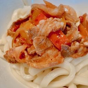 ラム肉+トマト+うどん=美味い
