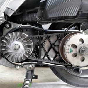 原付2種スクーターのVベルト&ウエイトローラー駆動系消耗部品交換メンテナンス