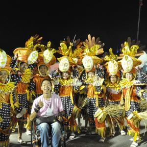 リオのカーニバルパレードに参加できる!最高の思い出に!