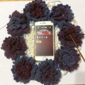 紫の薔薇の庭「サークルローズブランケット製作中7」