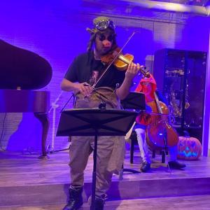 ジブリの世界で繰り広げるハロウィン演奏会