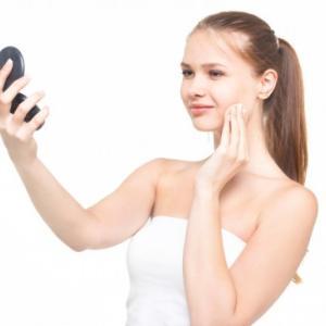【化粧直しの必須アイテム!】フェイスパウダーの持ち運びはコレ