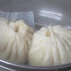 ざるを使ってはじめて中華まんを作ってみました