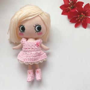 桜の季節になりました!イーマリーちゃんのワンピースもピンク一色です♡
