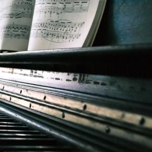 本『父の逸脱――ピアノレッスンという拷問』のレビュー