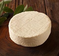 まるでレアチーズケーキのようなチーズ:ブリア・サヴァランの特徴とおいしい食べ方