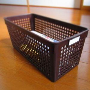 おすすめ100円ショップ収納ボックス【下駄箱で】