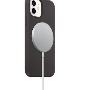 [新型iPhone]MagSafe対応の車載システムがなかなか発売されないので純正ケーブルを活用してみる。