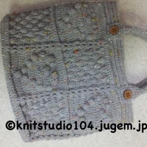かぎ針編みでも縄編みを♪ポッサムのリストウォーマーは暖か〜い
