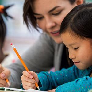アメリカに越してきたばかりの6歳の子どもの英語力強化の方法は?