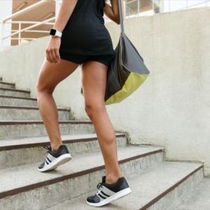 簡単・体力づくり・階段利用でダイエット効果あり!ぽっこりお腹がへこんだ。