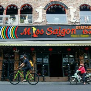 ベトナム サイゴンの観光通りに打撃を与えています