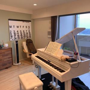 ピアノが癒し まだ過食中