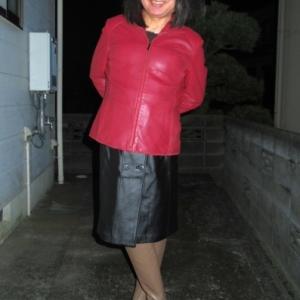 赤革のジャケットとアンタイトルのブーツを買っちゃったぁ