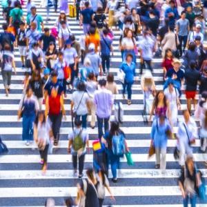 東京23区でみる、人口密度と不動産価格の関係