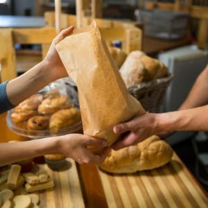 朝一でパン屋さんへ?連休初日の理想と現実