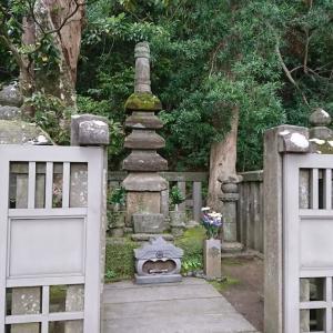 【神社】鎌倉・白旗神社と源頼朝の墓:諸行無常を感じさせる?ひっそりした神社とお墓
