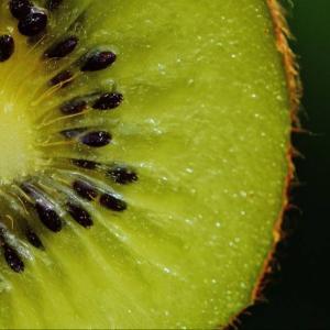 重要な果物。血圧を下げる食べ物・キウイフルーツ【効果・食べ方】