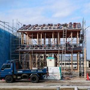 【ガルバの家づくり】上棟から次の日に屋根瓦の施工が完了(71日目)