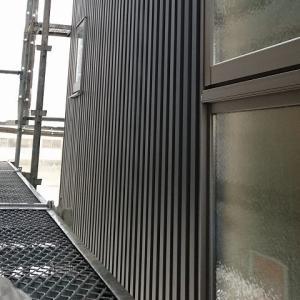 【ガルバの家づくり】ガルバリウム鋼板の外壁工事が開始(85日目)