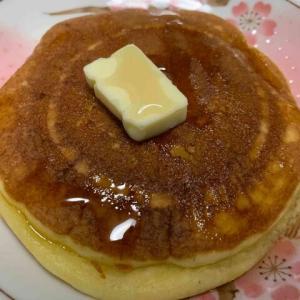 パンケーキにバターとケーキシロップが好きだから思う2つのこと!