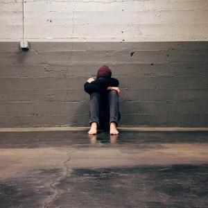 生きてるって素晴らしい。自殺、ダメ、絶対。