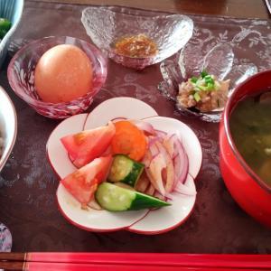 7/31 豚肉巻き野菜のお昼と、ムール貝とカマンベールの夜
